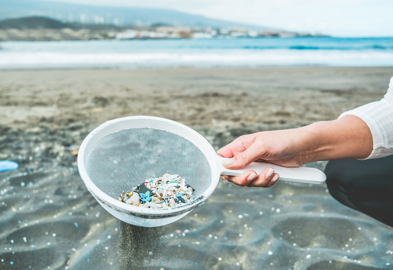Does Lavylites use micro-plastics?